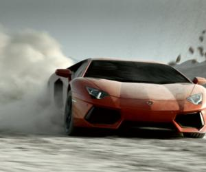 Lamborghini Aventador photo 2