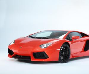 Lamborghini Aventador photo 5