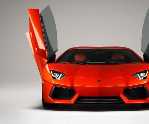 Lamborghini Aventador photo 6