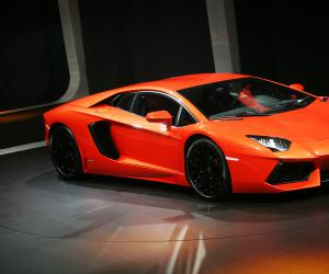 Lamborghini Aventador photo 7