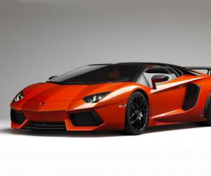 Lamborghini Aventador photo 11