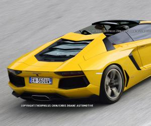Lamborghini Aventador Roadster photo 1