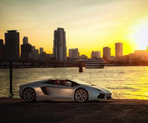 Lamborghini Aventador Roadster photo 13