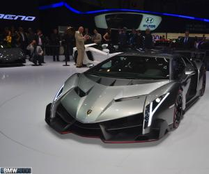 Lamborghini Veneno photo 7