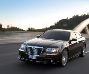 Lancia Thema AWD photo 8