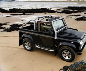 Land-Rover Defender photo 6