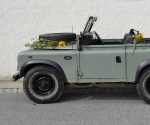 Land-Rover Defender photo 10