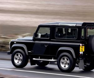 Land-Rover Defender photo 11