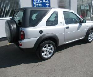 Land-Rover Freelander Silver Edition photo 2