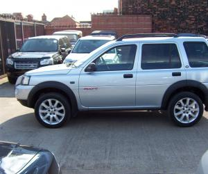 Land-Rover Freelander Sport Edition image #2