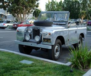 Land-Rover Series photo 2