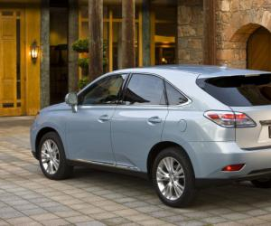 Lexus CX 300h photo 2
