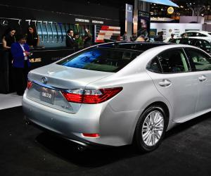 Lexus ES 350 photo 1