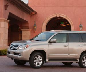 Lexus GX 460 photo 9