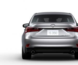 Lexus IS photo 11