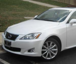 Lexus IS 250 photo 1