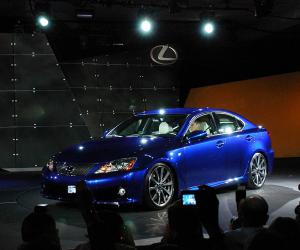 Lexus IS-F photo 8