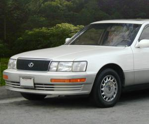 Lexus LS-400 photo 1