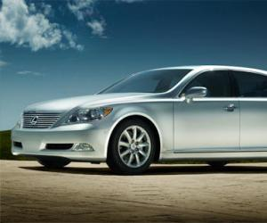 Lexus LS 460 photo 1