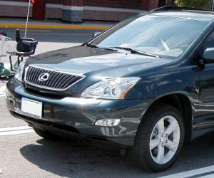 Lexus RX 330 photo 1