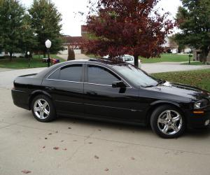 Lincoln LS photo 5
