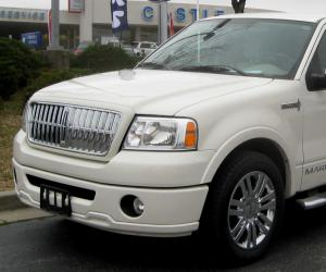 Lincoln Mark LT photo 1