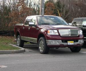 Lincoln Mark LT photo 2