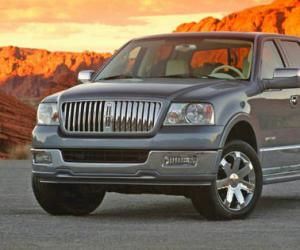 Lincoln Mark LT photo 3