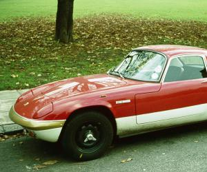 Lotus Elan photo 9