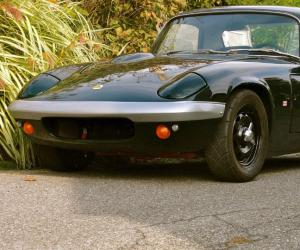 Lotus Elan photo 11