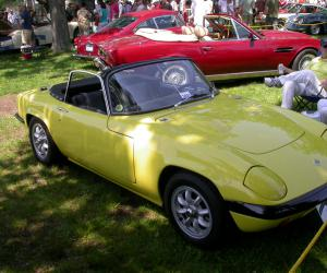Lotus Elan photo 14