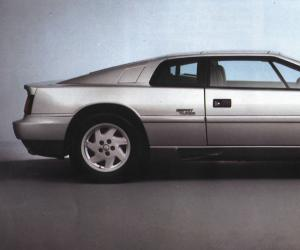 Lotus Esprit photo 9