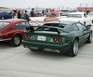 Lotus Esprit V8 photo 1