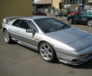 Lotus Esprit V8 photo 4