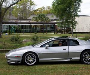 Lotus Esprit V8 photo 7