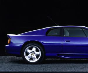 Lotus Esprit V8 photo 11