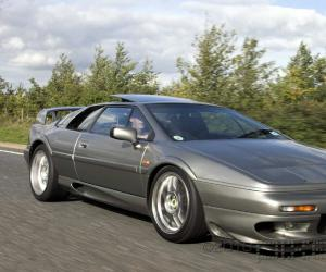 Lotus Esprit V8 photo 13