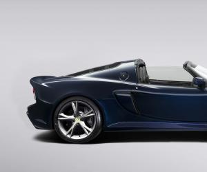 Lotus Exige S Roadster photo 2