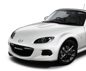 Mazda MX-5 Black & White photo 1