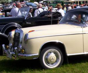 Mercedes-Benz 220 S Coupé photo 3