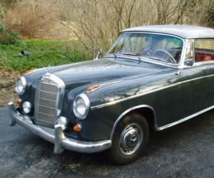 Mercedes-Benz 220 S Coupé photo 7