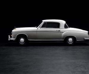 Mercedes-Benz 220 SE Coupé photo 4