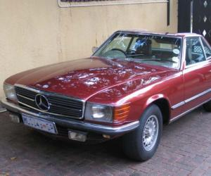 Mercedes-Benz 350 SL photo 2
