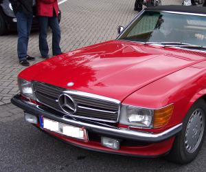 Mercedes-Benz 350 SL photo 8