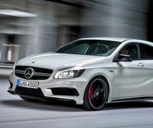 Mercedes-Benz A 45 AMG photo 1