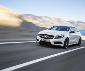 Mercedes-Benz A 45 AMG photo 19
