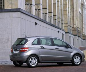 Mercedes-Benz B 150 photo 2