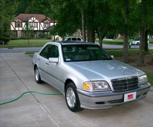 Mercedes-Benz C 230 photo 7