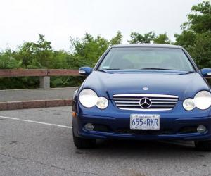 Mercedes-Benz C 230 photo 12