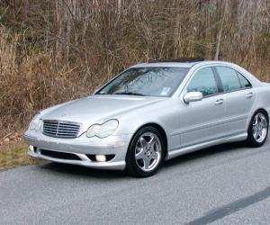 Mercedes-Benz C 240 photo 3